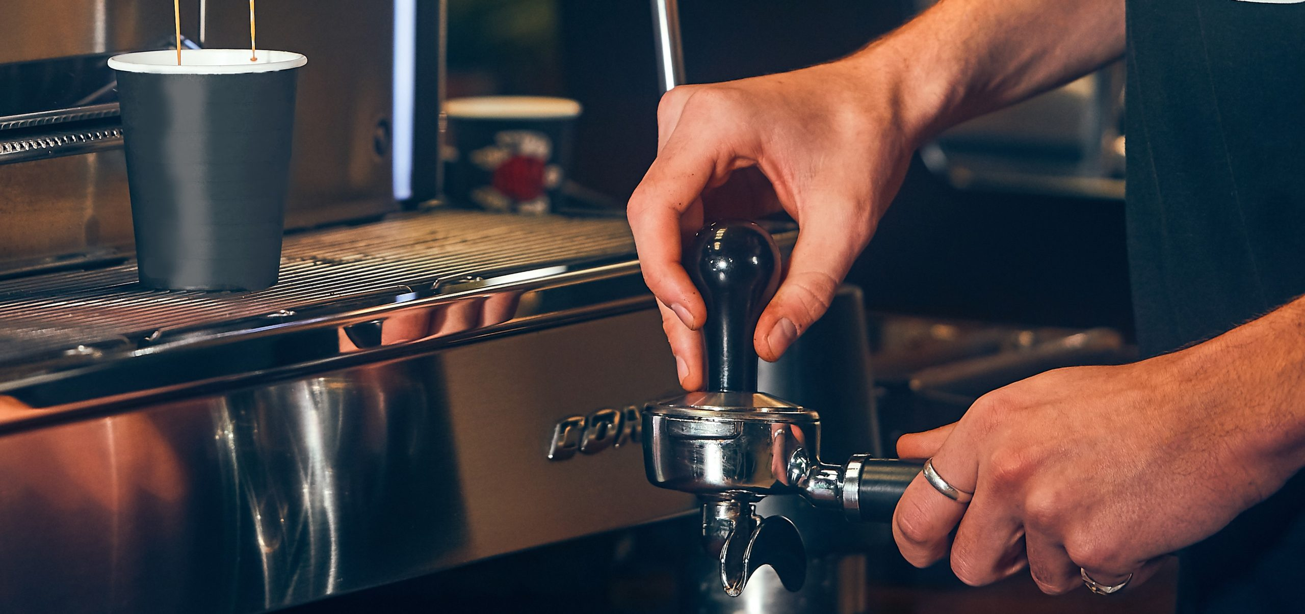 Barista Training - how to tamp properly